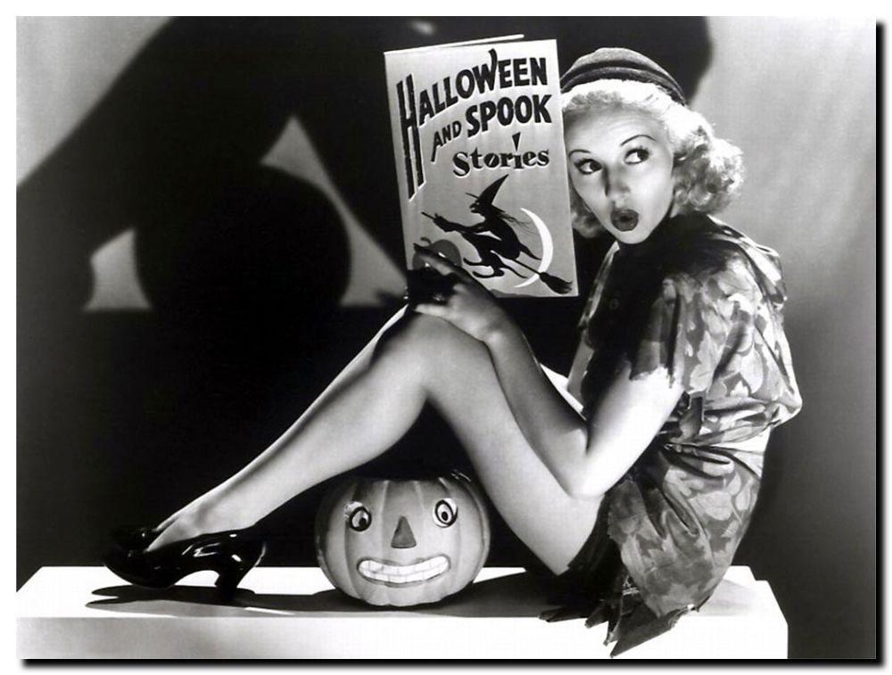 """October's Erotic Poetry Challenge: """"Halloween"""""""